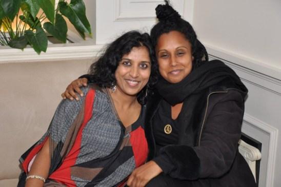 Susheela et moi avant l'interview (photo prise par Ganga d'Inde à Paris)