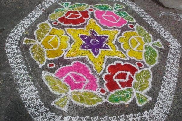 Un pont neuf en fleurs et couleurs de Paris à Pondichéry