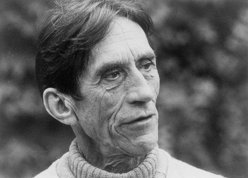 Le père Ceyrac le 1er février 1984 à Collonges-la-Rouge en Corrèze (AFP/Archives, Derrick Ceyrac)