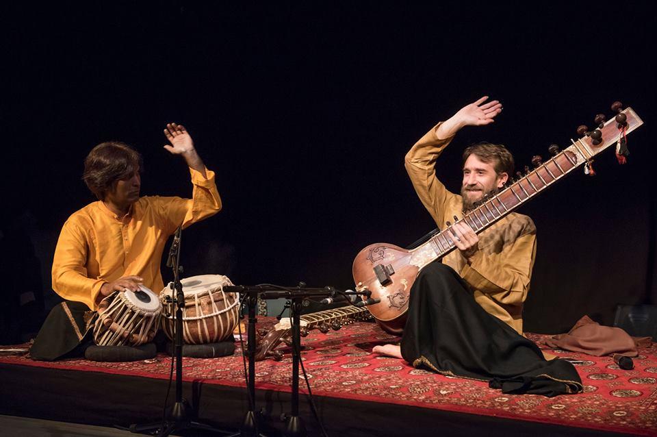 Concert de musique indienne au centre de Yoga Sivananda à Paris